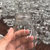 徐州生产200ml丝口玻璃牛奶瓶,厂家直销玻璃饮料瓶