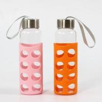 厂家直销带硅胶套的便携式手提玻璃水杯价格